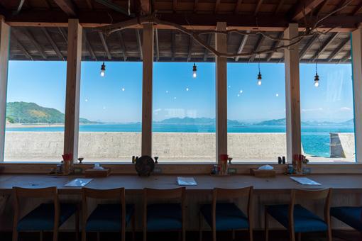 窓からの景色イメージ