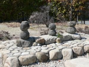 浦島太郎親子の墓(浦島公園)
